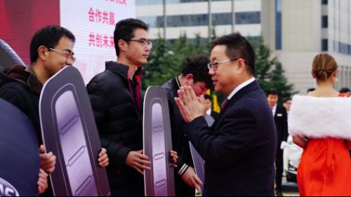 江淮汽车青岛圣豪青岛市党政机关公务用车交车仪式通稿(1)(3)643